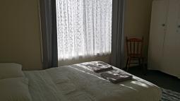 SeaShanty-mainbedroom.jpg
