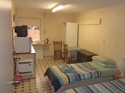 economy-room-twin-singles1-750.jpg