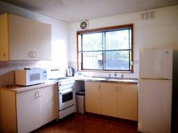 EasternBeach-kitchen.jpg