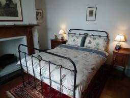 sywnymor-2ndbedroom2012.jpg