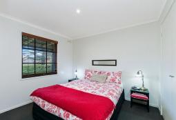 40regent-bedroom1800.jpg