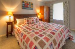 cottagewatson-bedroom.jpg