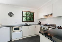 40regent-kitchen800.jpg