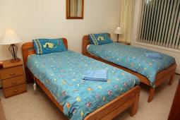 easternsands_twinbedroom900.jpg