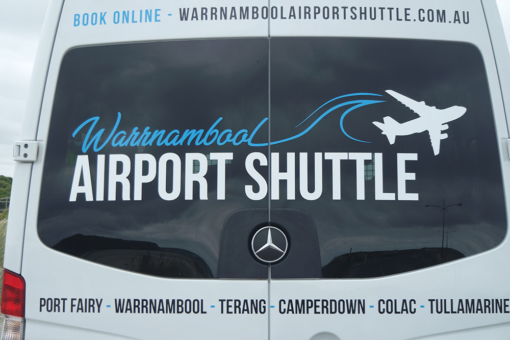 WarrnamboolAirportShuttle-contact.jpg